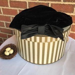 Vintage Beresford Beret Hat Black Velvet Has Bow